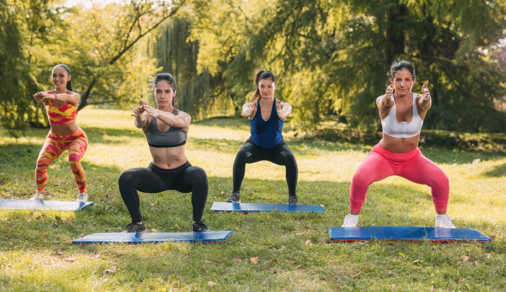 squats for pelvic floor strengthening